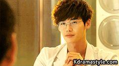 That face lol // Lee Jong Suk drama Doctor Stranger