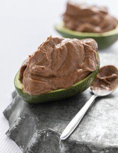 Μους σοκολάτα-αβοκάντο από τον Χρήστο Βέργαδο -Το υγιεινό και ελαφρύ γλυκό του καλοκαιριού   BOVARY Health Diary, Pudding, Sweets, Ethnic Recipes, Desserts, Food, Tailgate Desserts, Deserts, Gummi Candy