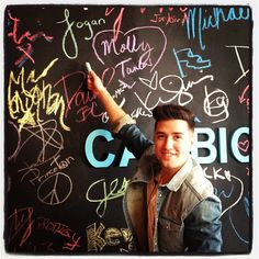 "Logan Henderson Live Q: Watch Him Become ""20 Percent Cooler in 10 Seconds Flat!"" on Cambio"