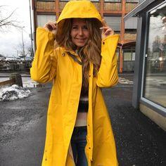Yellow Coat, Rain Wear, Rain Jacket, Windbreaker, Raincoat, Afrikaans Quotes, Lady, Jackets, Woman