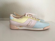 Vintage Shoes Womens 80s Bass, Pastel Leather Sneakers, Lace Ups (Size 7 1/2) These 1980s Sneakers come in pastel pink, yellow and blue, and have a six hole lace up and man made materials bottom sole.  100% Leather 100% Man Made Materials  *These shoes are in excellent condition. *If shipped in the US, these will go Priority Mail for a quick delivery!  Size: (7 1/2) (Tag Size: US 7 1/2) Heel to Toe: 9 1/2 Width: 3 Weight: 1 pound 5 oz  *Follow Freshandswnaky on Instagram *...