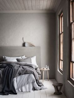 Grey bedroom by H&M - see my favourite new H&M Home Fall products on my…