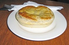 Scallop Pies, a favourite in Tasmania.  Article & Photo by Roger Findlay.
