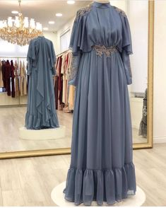 Hello New Day🏆 The reason for a feverish work in the workshop April 24 is a pioneer . Hijab Evening Dress, Hijab Dress Party, Evening Dresses, Prom Dresses, Bridesmaid Dresses, Abaya Fashion, Muslim Fashion, Modest Fashion, Fashion Dresses