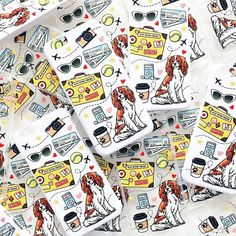 Вот такие классные чехлы на iPhone мы нарисовали специально для @ellie_cavalier  В магазинчике Элли они представлены в 2х материалах (силикон и белый пластик), а также скоро появятся новые породы собак☺️ #кавалер #чтоподарить #иллюстрация #cavalier #cavalierworld