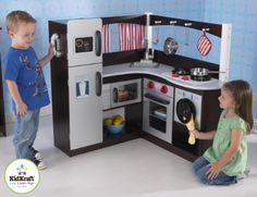 KidKraft Grand Espresso Corner Wooden Play Kitchen with washing machine Play Kitchen Sets, Toy Kitchen, Play Kitchens, Kitchen Playsets, Kitchen Modern, Cocina Kidkraft, Bb Reborn, Espresso Kitchen, Day Care