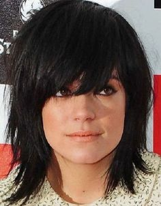 nice 20 Shag Hairstyles For Women Popular Shaggy Haircuts regarding medium shag ha. Modern Shag Haircut, Long Shag Haircut, Shaggy Haircuts, Choppy Medium Haircuts, Medium Shag Hairstyles, Modern Hairstyles, Messy Hairstyles, Japanese Hairstyles, Asian Hairstyles