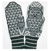 Ravelry: Nattugla/ Night Owl Mittens pattern by Jorid Linvik Mittens Pattern, Knit Mittens, Knitted Gloves, Knitting Socks, Knitting Club, Fair Isle Knitting, Knitting Charts, Knitting Patterns, Crochet Mitts