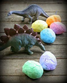 DIY Bath Bombs: Magic Hatching Dinosaur Eggs from Fun at Home with Kids