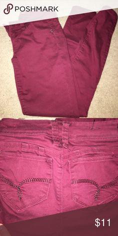 Burgundy skinny jeans super skinny, sculpt butt nicely Jeans Skinny