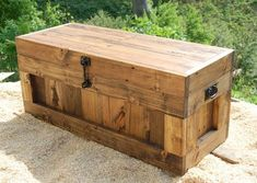 Large Provincial Hope Chest/Coffee Table/End of the Bed Bench /Trunk