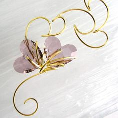 Looking for jewelry project inspiration? Check out Blooming by member Lilian Chen. Wire Jewelry, Beaded Jewelry, Jewellery, Gold Wire, Handcrafted Jewelry, Wire Wrapping, Weaving, Bloom, Gems