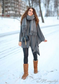 Instagram: @mungoanna / Details: http://www.mungolife.fi  / Zara, Uggs, YSL, tassel bag, cashemre, poncho sweater