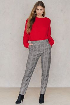 https://www.na-kd.com/en/samsoe--samsoe/stamford-pants-black-red-ch
