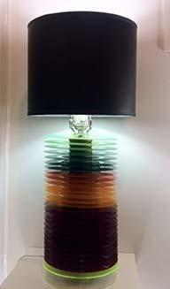 Lámpara con una base de vinilos