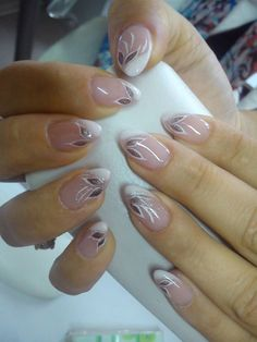23 Amazing Nail Art Ideas for Perfect Nails Here we offer you collection of 23 creative nail art ideas made by Orhideja. These nail art ideas look so attractive and so stylish. French Nails, Cute Nails, Pretty Nails, Ombre Nail Polish, Nail Gel, Nails Factory, Glass Nail File, Almond Shape Nails, Clean Nails