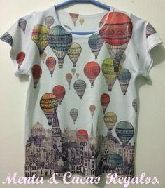 Camiseta ilustración viaje en globo.