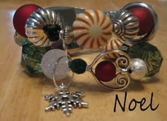 The Daisy Patch - Interchangeable beaded watches: Noel - Christmas Interchangeable Beaded Watch Band