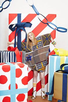 Peter Jensen Resort Birthday Parties, Gift Bows, Paper Ring Garlands, and Presents! Christmas Fashion, Christmas Love, Christmas Themes, Christmas Decorations, Xmas, Christmas Presents For Girls, Best Gifts For Girls, Christmas Editorial, Peter Jensen