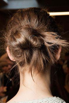 Midi   #Messy #Bun #HairInspiration #BTS