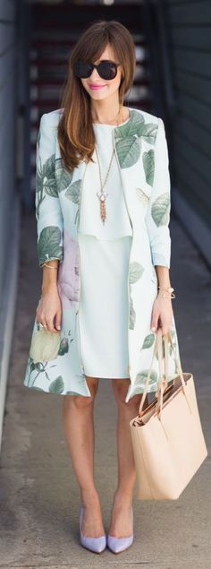 Summer Coat ✿ Floral ✿ White Dress ✿ Heels ✿ Sunglasses ✿ Pink Lips ✿ Necklace ✿ #Spring