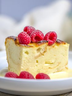 This is a luscious, silky, smooth vanilla sauce that's so versatile and easy to make. Makes an amazing bread pudding sauce! Pair this with any dessert! Custard Bread Pudding, Custard Recipes, Bread Puddings, Custard Sauce, Bread Pudding With Sauce Recipe, Easy Bread Pudding, Baked Custard Recipe, Custard Cookies, Tapioca Pudding