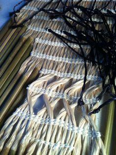 Flax Weaving, Loom Weaving, Basket Weaving, Hand Weaving, Maori Patterns, Maori Designs, Maori Art, Weaving Patterns, Weaving Techniques