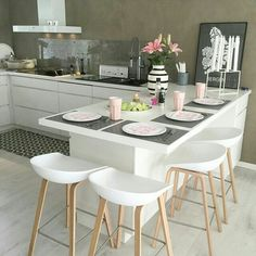 Cheer Up Your Breakfast Time with 6 New Kitchen Counter Stools – Bar Stools Furniture Kitchen Interior, Home Decor Kitchen, Kitchen Design Small, Kitchen Remodel, Kitchen Decor, Home Kitchens, Minimalist Kitchen, Kitchen Renovation, Kitchen Design