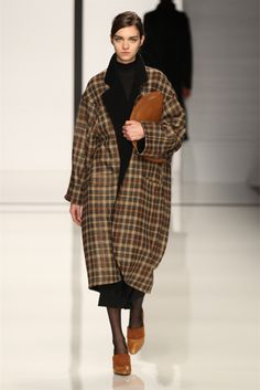 DAKS - Collections Fall Winter 2012-13 - Shows - Vogue.it