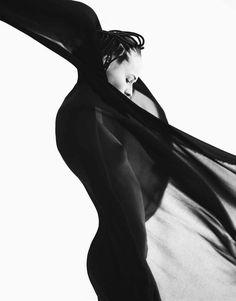 Manisima: Photographer Oliver Stalmans / Tomorrow Management Stylist Barbara Gullstein / Scoop Artists Make-up artist Marina Andersson / To...
