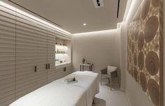 South Beach Miami Spa | 1 Hotel South Beach Spa Interior Design, Beauty Salon Interior, Spa Design, Salon Design, Best Hotels In Miami, South Beach Hotels, Spa Treatment Room, Spa Center, Massage Room