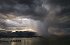 Paul Andrew, United Kingdom - Evening Storm, Mono Lake - Paul Andrew/RMet-RPSWeather Photographer of the Year 2016