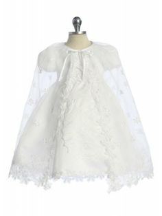 Gorgeous looking Baptism/Christening gown for your little girl's holy event.