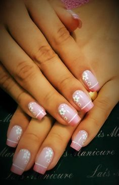 New Nails French Flower Simple 21 Ideas Daisy Nails, Flower Nails, Nail Designs Spring, Nail Art Designs, Cute Nails, Pretty Nails, Nail Art For Kids, Shellac Nails, Fabulous Nails
