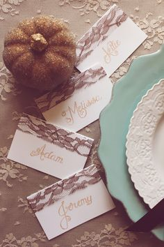 Icing Designs: Thanksgiving Place Setting Cards