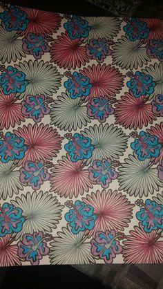 Kleurplaat patroon 'bloemen', kleurboek Action Paars