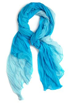love this blue scarf!