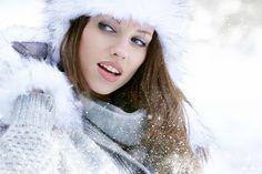 Что носить этой зимой: модные луки для холодных времен года