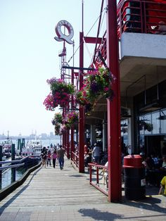 Exterior of Lonsdale Quay Market North Vancouver. 12 minutes by the SeaBus from downtown Vancouver. Vancouver Travel, Vancouver Bc Canada, Downtown Vancouver, Vancouver Island, Canada Travel, Canada Trip, Great Places, Places To Go, Columbia Outdoor