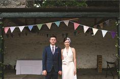 Eva and Conor's bespoke and decorative day at Rowallane Garden, Co Down | Confetti