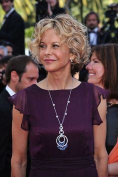 "Short Curls Lookbook: Meg Ryan wearing Short Curls (6 of 14). Meg Ryan attended the ""Countdown To Zero"" premiere while in Cannes. She showed off her signature curly bob, while strutting her stuff on the red carpet."