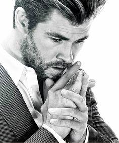 Daily Chris Hemsworth prestige mag.