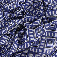 Space Invaders, étole by johanne - Bleu http://www.by-johanne.com/foulards-nouveautes/1796-space-invaders-etole-by-johanne-vert.html