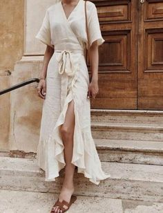 *The Best Summer Shoes Looks For 2019 - [Street Style] Trends - Shoes Spring Summer Fashion, Spring Outfits, Summer Chic, Casual Summer Fashion, Smart Casual Outfit Summer, Simple Dress Casual, Simple White Dress, Beautiful White Dresses, Date Outfit Summer