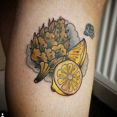 It's about talking about tattoos that generate controversy, today, marijuana tattoos. Marijuana, cannabis and other terms refer to the psychoactive Drug Tattoos, Weed Tattoo, Plant Tattoo, New Tattoos, Old School Tattoo Designs, Best Tattoo Designs, Tattoo Images, Tattoo Photos, Festivals