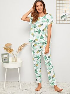 To find out about the Pineapple & Tropical Print PJ Set With Eye Cover at SHEIN, part of our latest Pajama Sets ready to shop online today! Romwe, Satin Cami Top, Striped Pyjamas, Pineapple Print, Neck Pattern, Pj Sets, Pajamas Women, Lingerie Collection, Lingerie Sleepwear
