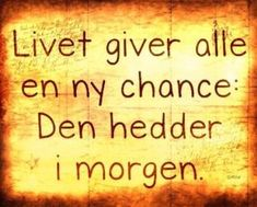 Citater om livet Archives - Side 9 af 26 - DAGENSDELER.DK Qoutes, Funny Quotes, Life Quotes, Cool Words, Wise Words, Haha So True, Fake Friends, Word Pictures, Insta Posts