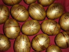 Kraslice (Czech) Islamic Society, India People, African Tribes, Egg Decorating, Easter Eggs, Art Decor, Gifts, Presents, Favors