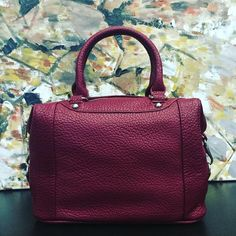 Fabulous Red! The ROBYN NU SOHO purse. #NellaBellaBrand #Canada #Handbags #Fashion #Vegan #Style #New #Bags #Chic #Design #Love #Everyday #Collection #online #red #rouge #designer #vegancompany #veganfashion  more at www.nella-bella.com