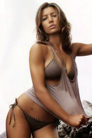 Jessica Biel toasted to perfection! #celeb #hot #sexy